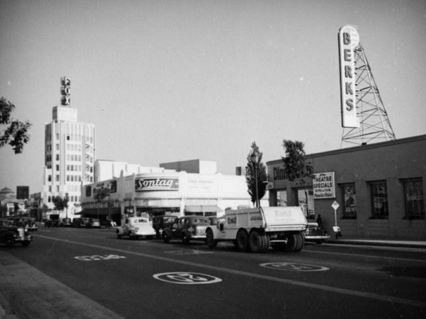 Sontag Drugs - Corner Of Wilshire Blvd & La Cienegea Blvd